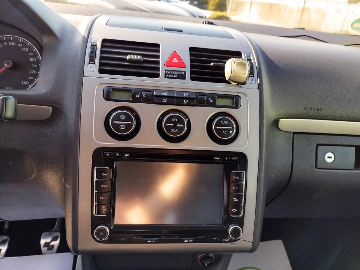 VW Touran 1.4tfsi R-Line
