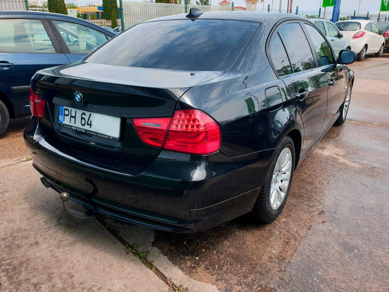 BMW 318d Shadow line